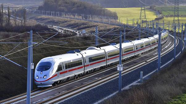 Olcsóbb vonatjegyek - csökkenti ökológiai lábnyomát Németország