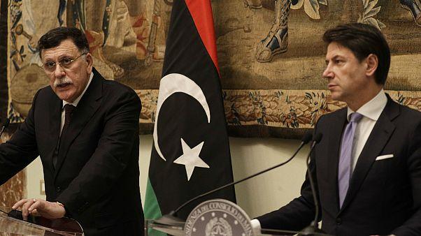 Primeiro-ministro líbio no final de uma reunião com o homólogo Giuseppe Conte