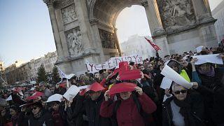 جانب من مظاهرات المضربين في مرسيليا، جنوب فرنسا. 11 يناير 2020
