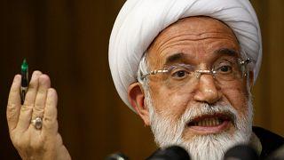 کروبی خطاب به خامنهای: هیچیک از صفات رهبری را ندارید
