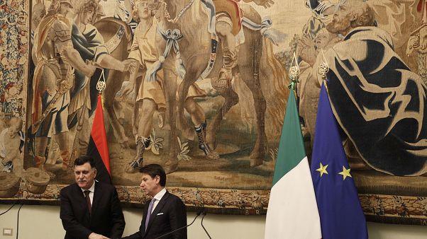 Libya Başbakanı Fayiz es-Serrac ile İtalya Başbakanı Giuseppe Conte, Roma'da düzenlenen toplantısı sonrası