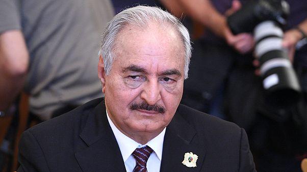 قوات المشير حفتر تعلن وقف إطلاق النار غرب ليبيا