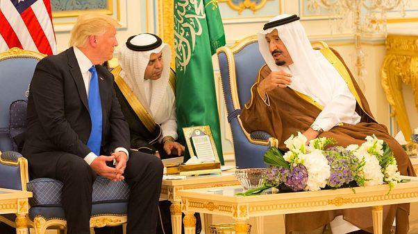 شاهد.. ترامب: السعودية بلد غني جدا و دفعت مليار دولار مقابل قوات إضافية في المنطقة