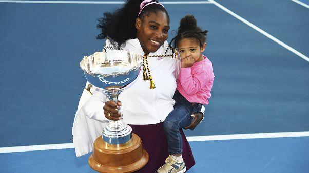 Serena Williams 3 yıl aradan sonra ilk şampiyonluğuna ulaştı