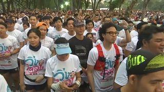 """شاهد: مسيرة """"ركض ضد الدكتاتورية"""" في تايلاند"""