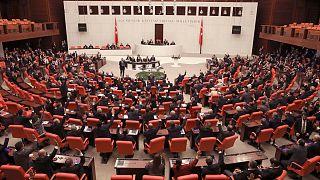 CHP'den araştırma önergesi: 'FETÖ'nün siyasi ayağı ortaya çıkarılsın'
