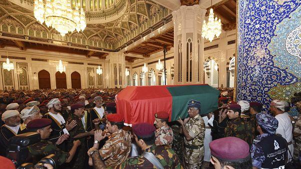 من تشييع السلطان قابوس بن سعيد في مسجد السلطان قابوس الكبير في مسقط  11 يناير 2020