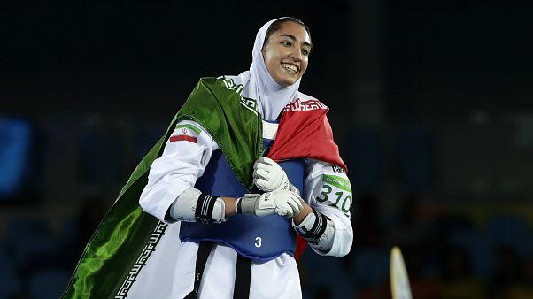 Kimia Alizadeh Zenoorin 2016 Yaz Olimpiyatları'nda tekvando dalında İran adına bronz madalya kazandı