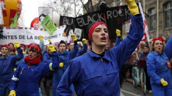 Manifestation contre la réforme des retraites à Paris, le 11 janvier 2020.