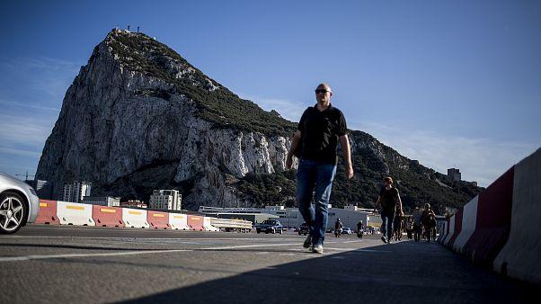 اعتقال شبكة لتهريب مهاجرين مغاربة بين جبل طارق واسبانيا