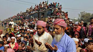 """توقيف مغن صوفي في بنغلادش لـ""""إساءته للمسلمين"""""""