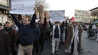 Nach Flugzeugabschuss: Neue Proteste in Teheran