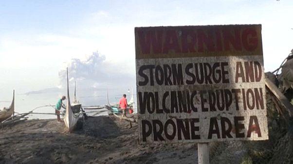 Vulcão entra em atividade nas Filipinas