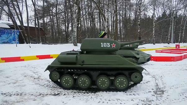 [Vídeo] Tanques para niños -y no tan niños- en Moscú