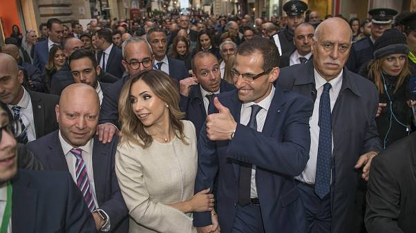 Robert Abela asume el cargo de PM de Malta sin alusiones al caso Caruana