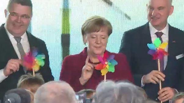 Merkel: Geld für Windrad-Anrainer