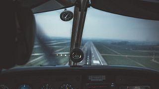 Οροθετικός κατάφερε να γίνει πιλότος, δίνοντας μάχη για να αλλάξουν οι κανονισμοί