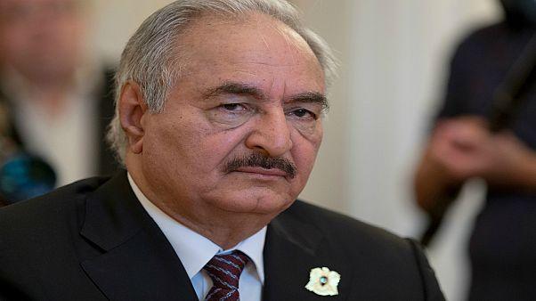حفتر غادر موسكو بدون توقيع اتفاق وقف إطلاق النار في ليبيا