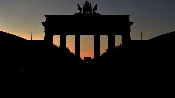 Brandenburg Kapısı, gün batımı / Berlin / Almanya