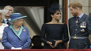 تعرف على قرارات الملكة إليزابيث بعد تخلي هاري وميغان عن الملكية