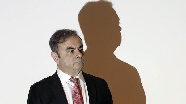 En pleine crise en France, Ghosn réclame à Renault 800 000 € de retraite par an