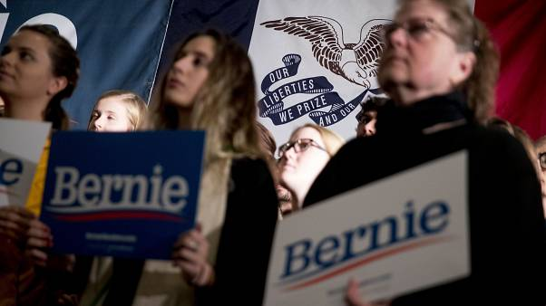 الديمقراطيون في مناظرة تلفزيونية أخيرة قبل الانتخابات التمهيدية الرئاسية
