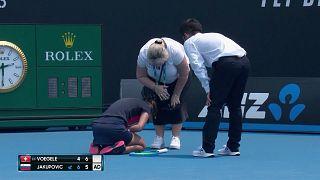Sloven tenisçi Jakupovic hava kirliliği nedeniyle oyuna devam edemedi