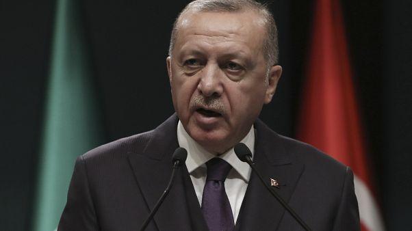 أردوغان يهدّد خليفة حفتر.. إذا هاجمْت طرابلس فسنلقّنك الدرس الذي تستحقه