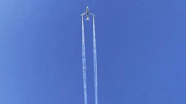 Λος Άντζελες: Αεροπλάνο άδειασε καύσιμα πάνω σε σχολείο