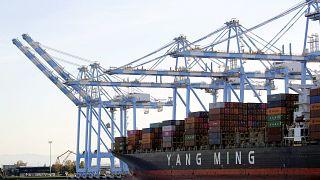 ABD Çin ticaret savaşlarında birinci faz anlaşmasıyla baltalar gömülüyor