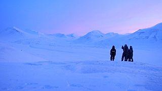 Face au tourisme de masse, les îles Svalbard prennent des mesures