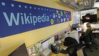 Wikipedia: Türkiye halkıyla yeniden bir araya gelmekten mutluyuz