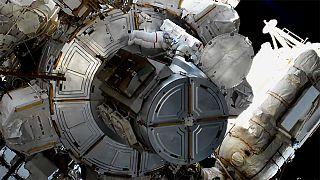 Η δεύτερη θηλυκή έξοδος αστροναυτών στο διάστημα