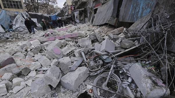 المرصد السوري: قوات الأسد تتقدم باتجاه مدينة معرة النعمان