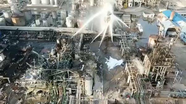شاهد:انفجار في مصنع في إسبانيا يقتل رجلاً على بعد 3 كيلومترات!