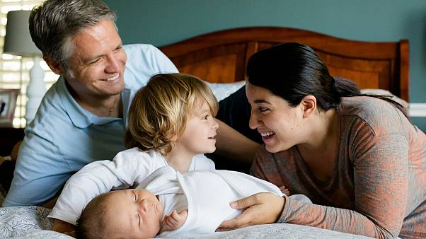 تعرف على ترتيب الدول العربية في تقرير أفضل بلدان العالم لتربية الأطفال