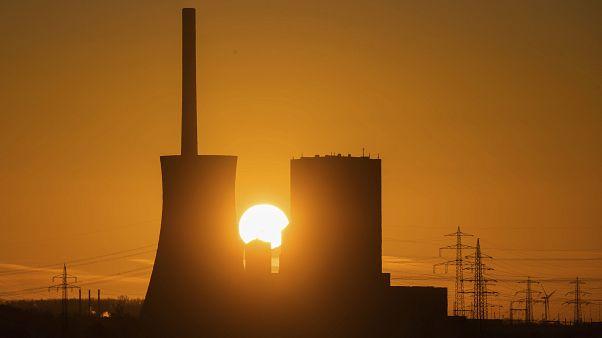 Almanya kömür santrallerini planlanandan 3 yıl erken kapatabilir