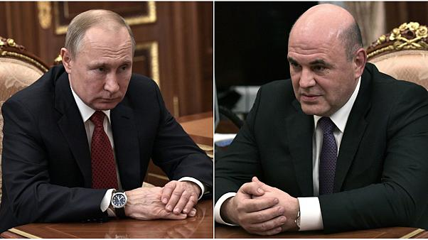 الرئيس الروسي فلاديمير بوتين (يسار) ورئيس الوزراء الروسي ميخائيل ميشوستين (يمين)