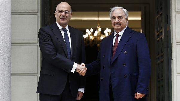 Ο υπουργός Εξωτερικών Νίκος Δένδιας υποδέχεται τον επικεφαλής του Λιβυκού Εθνικού Στρατού ΑΠΕ-ΜΠΕ/ΑΠΕ-ΜΠΕ/ΓΙΑΝΝΗΣ ΚΟΛΕΣΙΔΗΣ