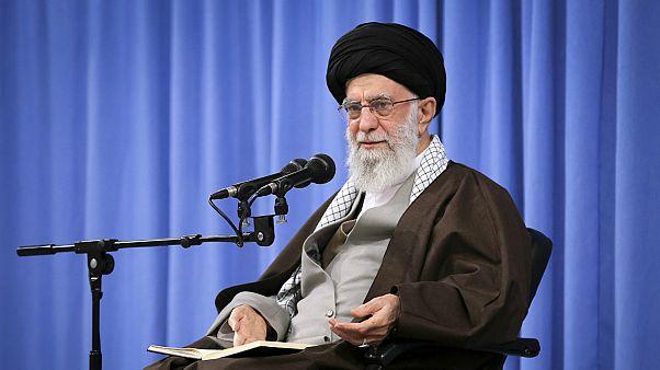 المرشد الأعلى الإيراني آية الله علي خامنئي