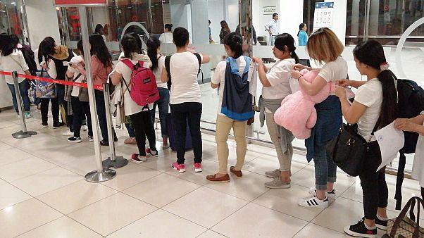 الفلبين تمنع مواطنيها من العمل في الكويت بعد الكشف عن تعرض عاملة لاعتداء جنسي