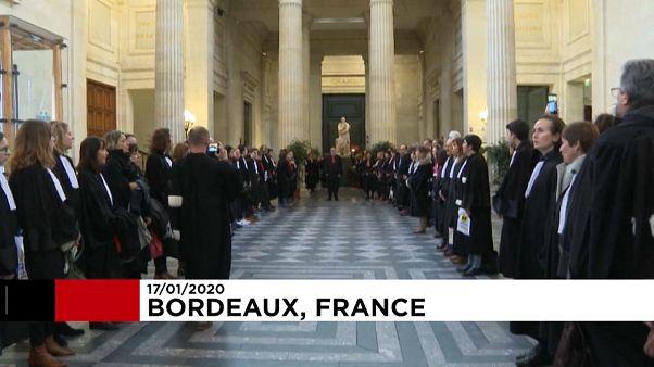 В Бордо бастуют адвокаты