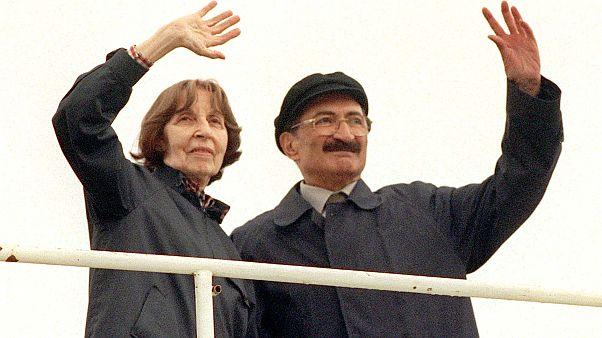 Eski Başbakan Bülent Ecevit ve eşi Rahşan Ecevit  (Arşiv)