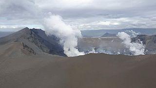 Η τέφρα του ηφαιστείου Τάαλ σκεπάζει ολόκληρα χωριά
