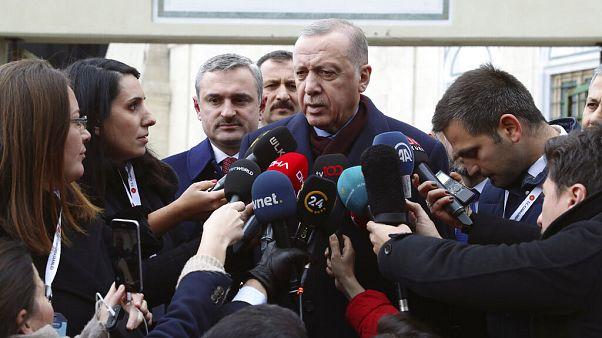 Ερντογάν: «Ο Μητσοτάκης δεν παίζει σωστά»