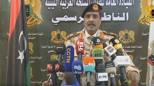 Hafter'e bağlı Libya Ulusal Ordusu'nun sözcüsü Ahmed el-Mismari İHH'yi MİT'in paravanı olmak ve cihatçılara yardım etmekle suçladı