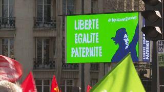 """Slogan du collectif """"Marchons, Enfants"""" à Paris, le 19 janvier 2020."""