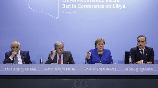 «Λευκός καπνός» για Λιβύη: - Παύση εχθροπραξιών, σεβασμός και στενότερος έλεγχος του εμπάργκο