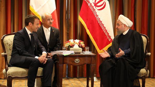الرئيس الإيراني حسن روحاني ونظيره الفرنسي إيمانويل ماكرون