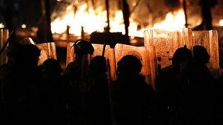 ادامه اعتراضات در لبنان؛ ماکرون: هر کمکی میکنیم تا بحران تمام شود